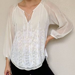 Tiny Anthropologie Off White Embroidered Blouse